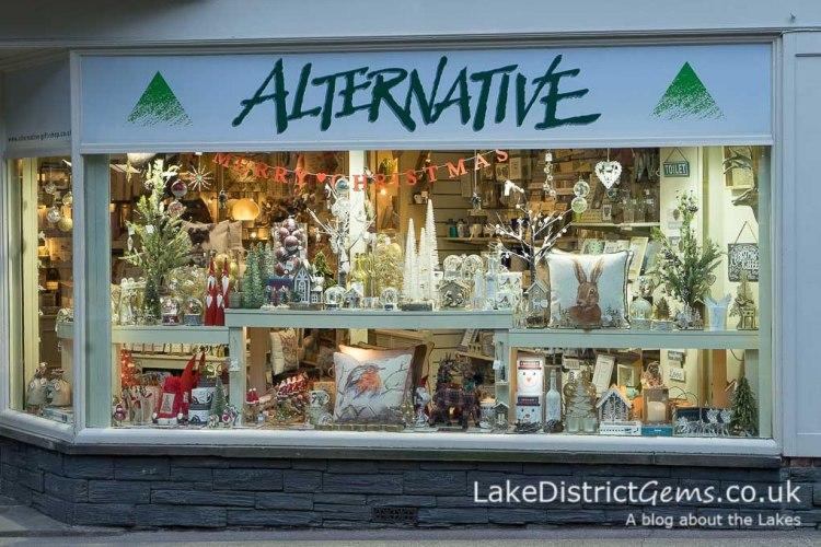 Alternative, Station Street